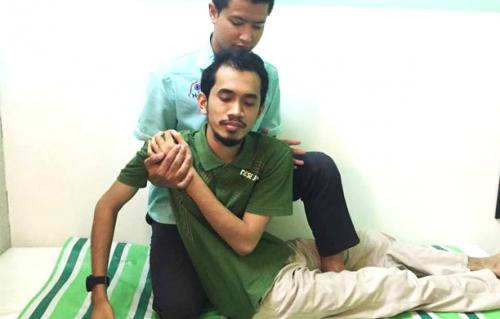 terapi-tulang-belakang-lenguh