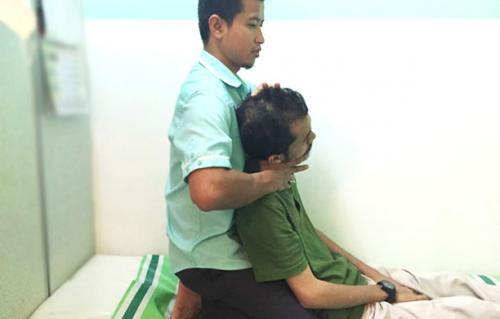 terapi-tulang-belakang-sakit